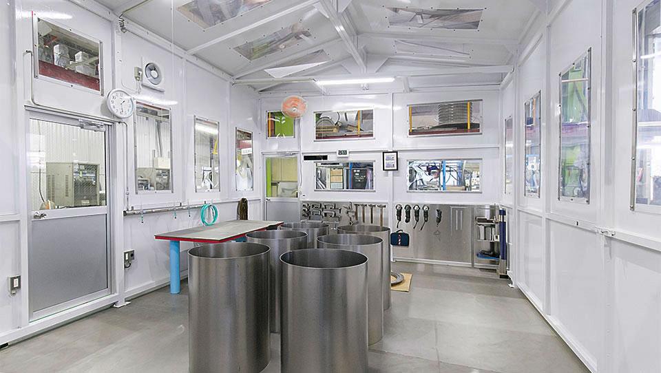 チタン加工室